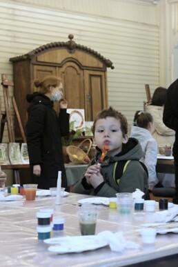 22 мая с 18.00 до 23.00 в саду у дома на Болотной 13 играли в крокет. Партнером музея в этом году стал петербургский клуб